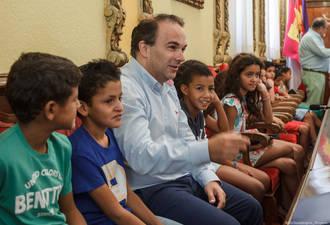 Guadalajara despide a los niños saharauis que han sido acogidos este verano por familias de la ciudad