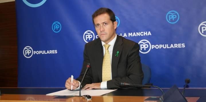 """Velázquez: """"Vamos a seguir dando la batalla para que Page no se cargue el convenio sanitario con Madrid"""""""
