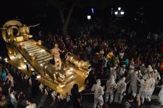 La peña El Cebollón, con 'El imperio persa', ganadora del 40 Desfile de Carrozas de Azuqueca