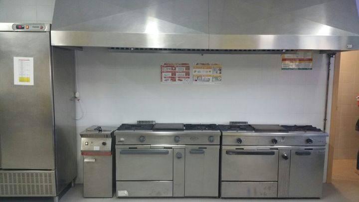 Horche presume de las nuevas cocinas de su colegio