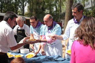 La Paella Solidaria a beneficio de APANAG bate récord de participación con casi 3.900 tickets vendidos