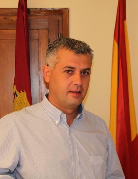 José Luis Vega, alcalde de Mondéjar, también es ahora director provincial de Bienestar Social
