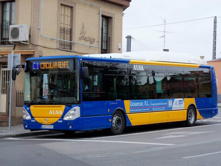El número de usuarios de los autobuses urbanos vuelve a subir