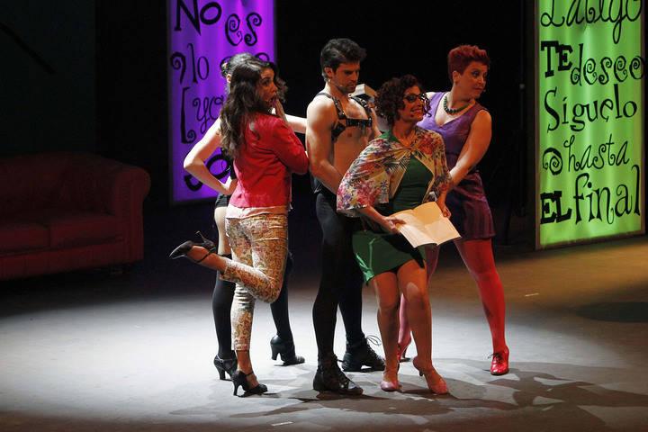 Una obra de teatro y un musical este fin de semana en el TAVB
