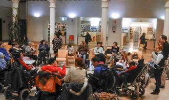 Hoy se ha celebrado en la Biblioteca Pública un interesante encuentro con la lectura