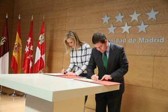 Castilla-La Mancha firma el convenio de transporte público con Madrid