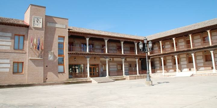 Indignación en Yunquera por los sueldos que se han puesto los concejales del PSOE con el apoyo de Ahora