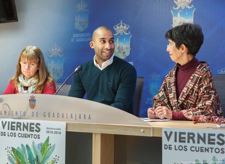 Vuelven los Viernes de los Cuentos al CMI Eduardo Guitián