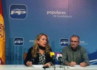 Los concejales del PP en Azuqueca vuelven a denunciar la falta de transparencia del Ayuntamiento socialista e insisten en el trato de favor a la multinacional McDonald´s