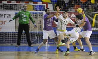 El BM Guadalajara refrenda su línea ascendente con un 26-23 contra Anaitasuna