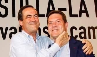 Emiliano García-Page vuelve a cambiar de chaqueta, según ECD