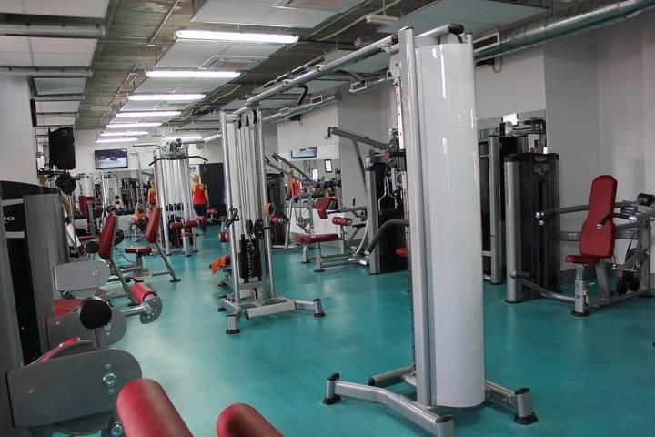 Por 50 euros al mes, toda la familia tendrá acceso a los gimnasios y clases colectivas del CDM Valdeluz