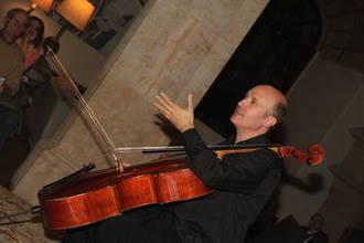 El chelista José Enrique Bouché acerca la magia de Bach al Musigüenza 2015