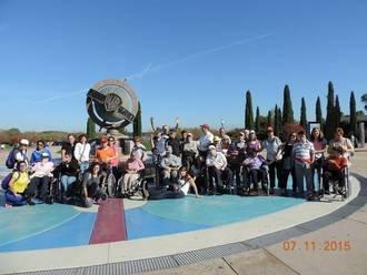 """Los residentes del centro """"La Chopera"""" disfrutan de una excursión al parque Warner"""