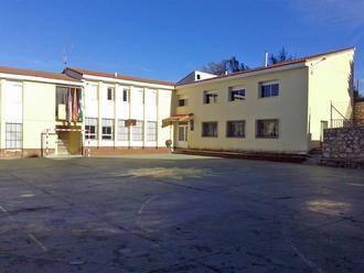 El Ayuntamiento de Pareja apuesta por la Escuela Rural de la localidad