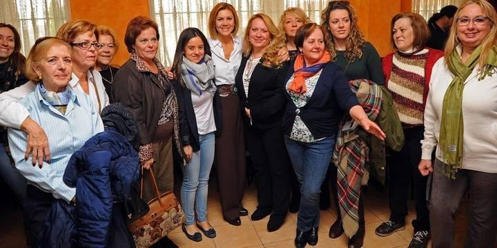 """Cospedal en Alovera: """"O el PP tiene los votos para gobernar, o habrá un gobierno PSOE-Podemos, como en Castilla-La Mancha"""""""