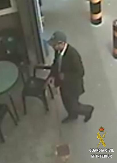 ¿Ha visto a este hombre? La Guardia Civil solicita la colaboración ciudadana para el esclarecimiento de su desaparición