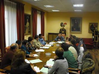 La Concejalía de Medio Ambiente organizará talleres para la elaboración de zambombas con productos reciclados