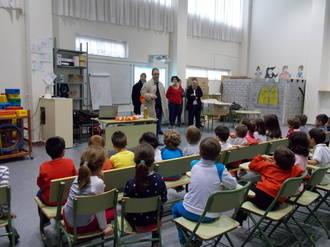 La Mancomunidad Vega del Henares y AFAUS inician una campaña de concienciación en el reciclaje de aceite usado en los centros de primaria