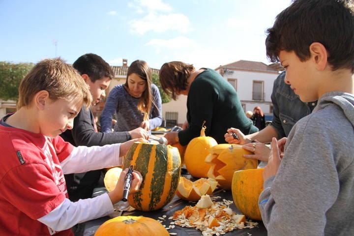 Fuentenovilla recuperó sus tradiciones del Día de Los Santos