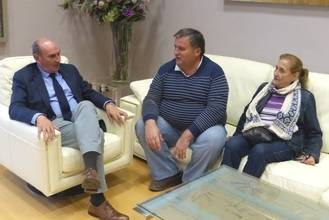 Latre continúa con su ronda de reuniones con alcaldes y concejales de la provincia