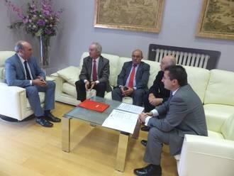La Diputación y Ceoe-Cepyme estudian ampliar la colaboración para impulsar el empleo en la provincia