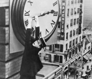 Recuerde, la madrugada del domingo, día 25, a las tres de la madrugada se atrasarán los relojes una hora y serán las dos de la madrugada