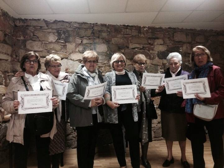 Homenaje a las tejedoras seguntinas para celebrar el Día Internacional de la Mujer Rural