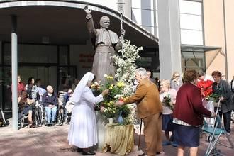 La Residencia de Mayores Juan Pablo II celebra su V aniversario
