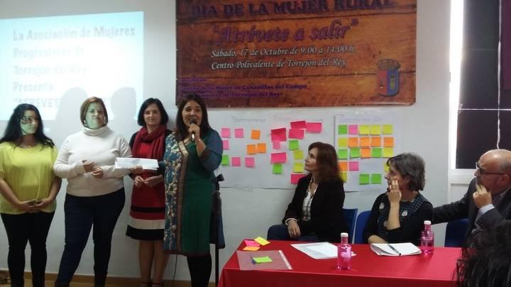 La directora del Instituto de la Mujer destaca en Guadalajara la importancia de fortalecer las redes de mujeres entre las asociaciones de los municipios