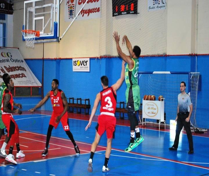 A la tercera fue...la pérdida para el Isover Basket Azuqueca