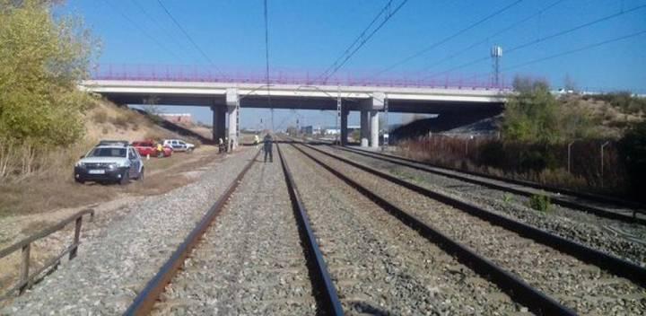 Fallece una mujer arrollada por el tren en Azuqueca de Henares