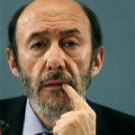 Rubalcaba dice en Cabanillas que Rajoy dice