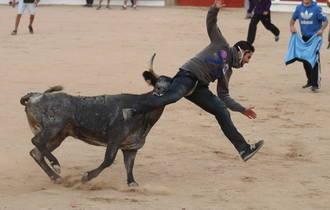 Gran afluencia de público y bonitas carreras en el último encierro-sin heridos-de las Ferias y Fiestas de Guadalajara 2015