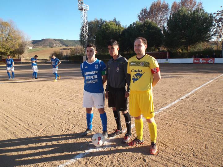 """Regreso al mundo """"sin gol"""" del C.D.Yunquera en el campo de la Alameda"""