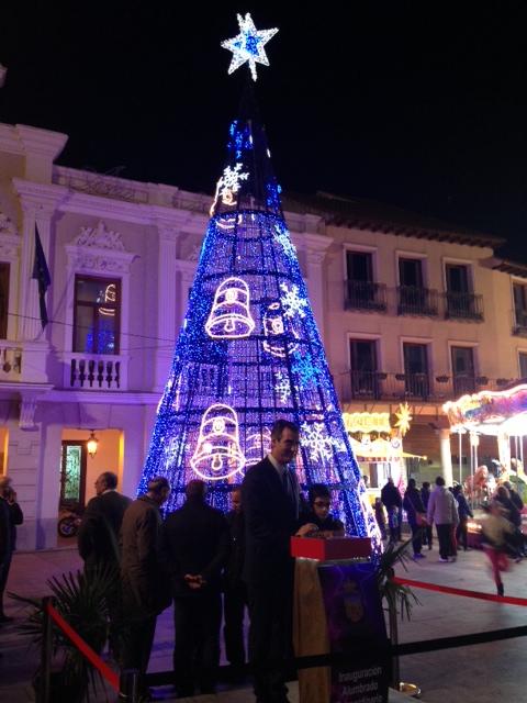 La inauguración del alumbrado ornamental, abre el programa de actividades navideño