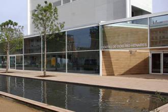 El Centro de Ocio de Azuqueca acoge la exposición 'Isover a través de su publicidad' y el taller 'Chiquitectos'