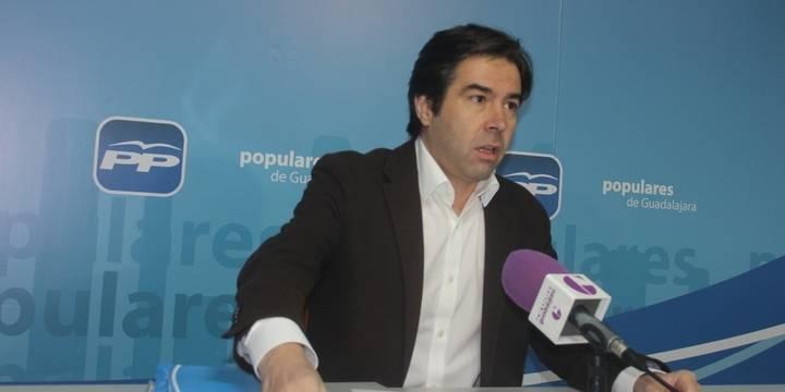 """Robisco asegura que """"Page quiere que su plan de empleo lo paguen los ayuntamientos y las diputaciones pero no la Junta"""""""