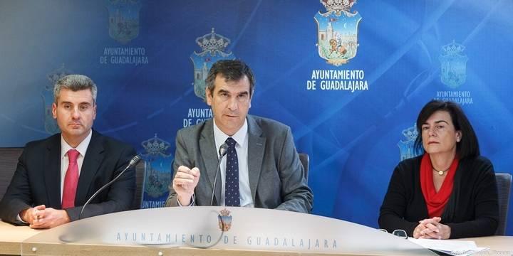 El Ayuntamiento de la capital destinará 2,6 millones a políticas de empleo y promoverá la creación de 400 puestos de trabajo