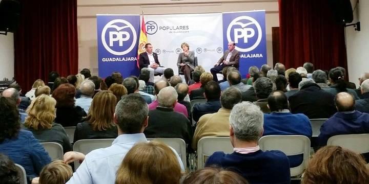 """La ministra Tejerina en Yebra: """"El Partido Popular es el partido del campo español"""""""
