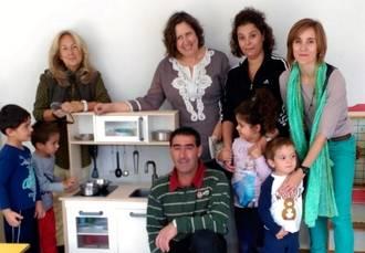 El Ayuntamiento de Yebra apoya a su escuela rural con equipamiento para los más pequeños