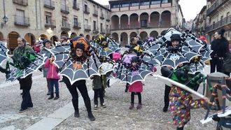 'Arañas', 'Gigantes de San Roque' y 'Mundo de fantasía y luz', mejores disfraces del carnaval seguntino