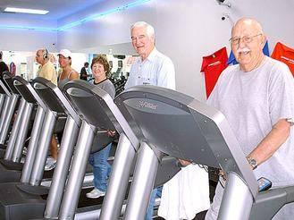 Yebes pone en marcha un programa de actividades físicas para personas mayores en el CDM Valdeluz