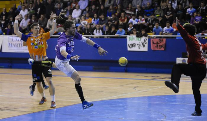Guadalajara lucha hasta el final en León (30-29)