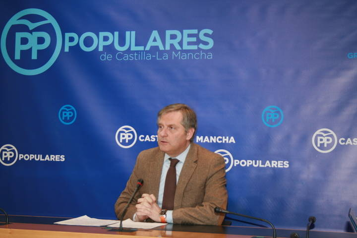 """Cañizares lamenta que Page se dedique """"a las confabulaciones y peleas internas del PSOE en lugar de gobernar Castilla-La Mancha"""""""