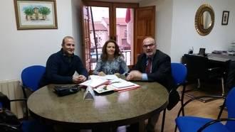 Torrejón del Rey firma un contrato con la protectora ANAA para el servicio de recogida de animales abandonados