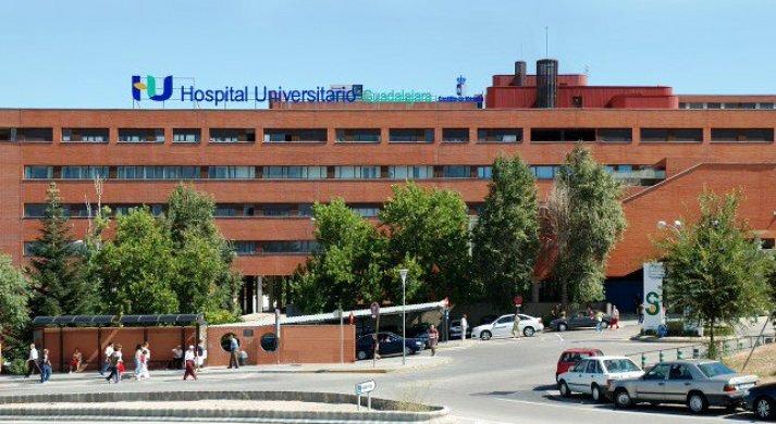 Ocho estudiantes americanos visitan estos días el Hospital de Guadalajara para conocer el modelo sanitario europeo