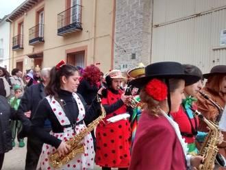 Fuentenovilla vive intensamente un renovado Carnaval