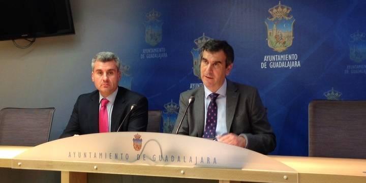El Acuerdo Económico y Social de la capital se aprobará con el respaldo de los sindicatos y grupos políticos