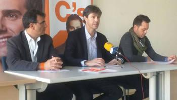 Ciudadanos afirma que la alcaldesa de Alovera no contestó sobre el presunto espionaje a un policía local